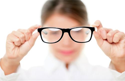 Cách điều trị cận thị nhờ tập luyện mắt bằng kỹ thuật hình ảnh