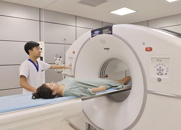 Chụp CT có thể phát hiện được khối u rất nhỏ, mà phương pháp chụp X-quang có thể bỏ qua