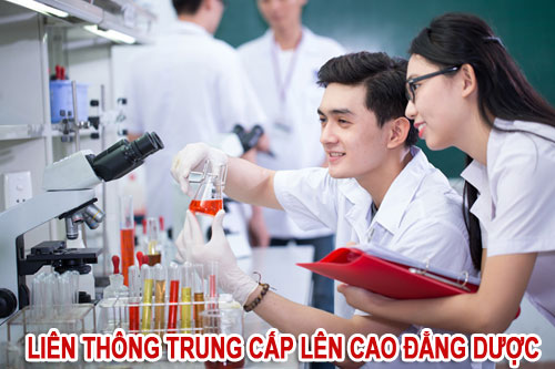Liên thông Cao đẳng Dược giúp sinh viên Trung cấp vững vàng trong công việc