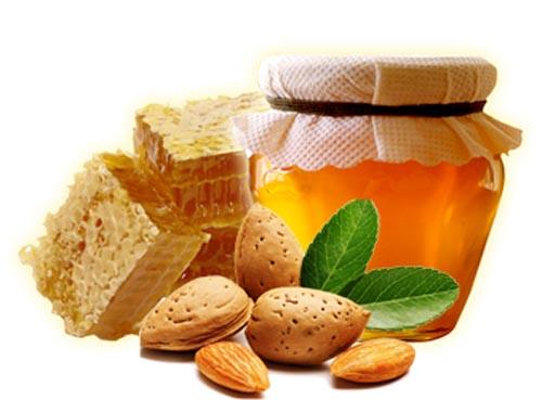 Công dụng của mật ong và hạnh nhân